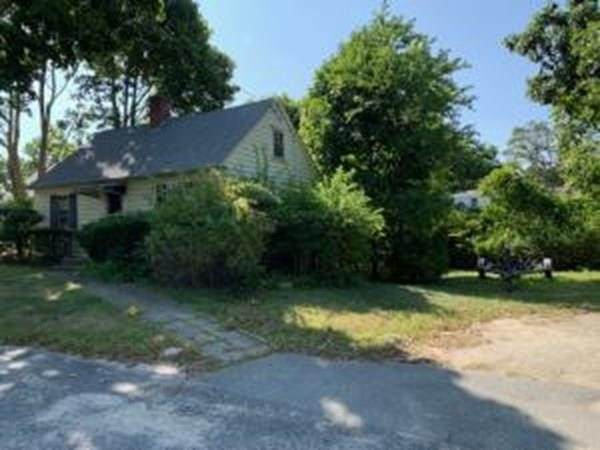 13 Webster Rd, Yarmouth, MA 02673 (MLS #72731813) :: EXIT Cape Realty