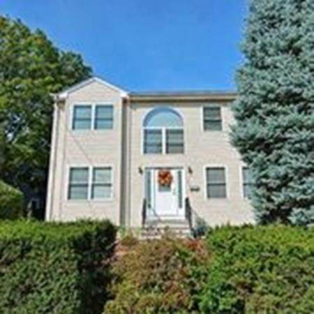 123 Hillside Avenue #123, Needham, MA 02494 (MLS #72733050) :: Team Tringali