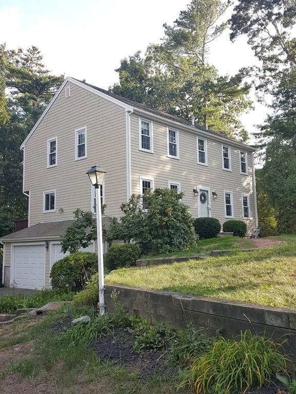 34 Lisa Ave, Plymouth, MA 02360 (MLS #72733635) :: Welchman Real Estate Group