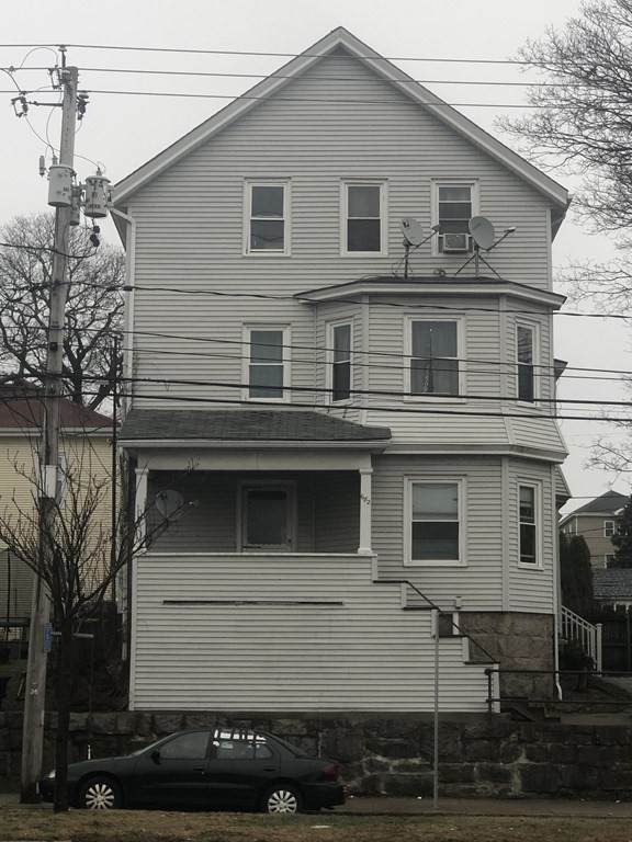 682 Eastern Ave, Fall River, MA 02723 (MLS #72738717) :: Team Roso-RE/MAX Vantage