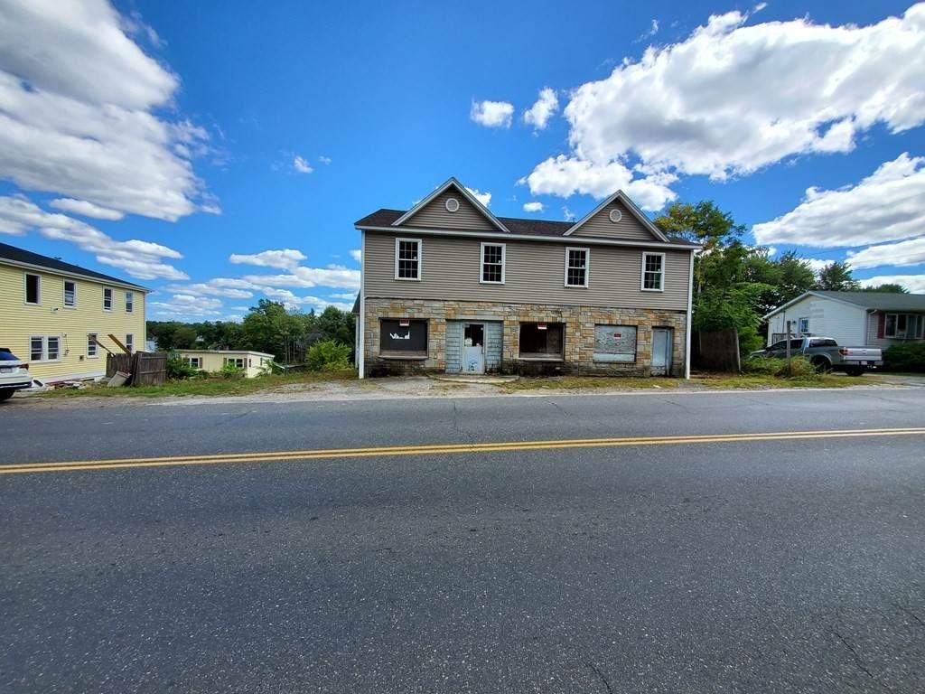 192-194 Millbury Ave - Photo 1