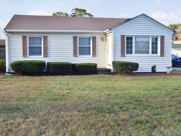 109 Collins St, Attleboro, MA 02703 (MLS #72740024) :: Zack Harwood Real Estate | Berkshire Hathaway HomeServices Warren Residential