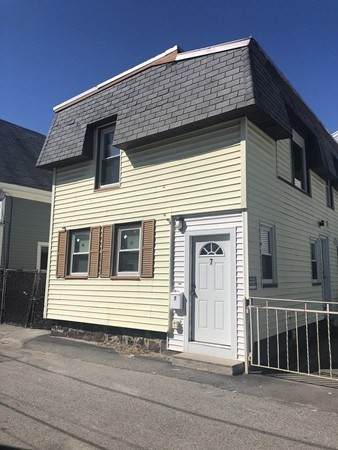 7 Hanlon Ct, Lawrence, MA 01841 (MLS #72741269) :: Kinlin Grover Real Estate
