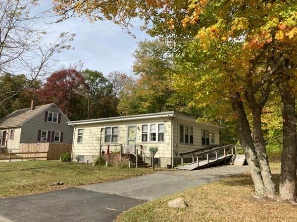 1061 Almy St. (House & Lot), New Bedford, MA 02745 (MLS #72742511) :: Ponte Realty Group