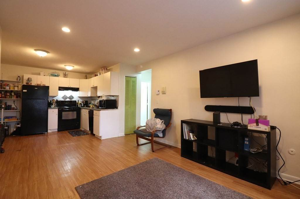 256 Parker Hill Ave. - Photo 1