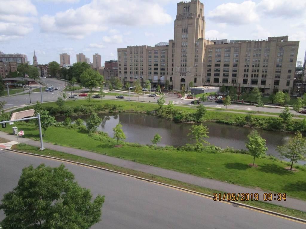 114 Riverway - Photo 1