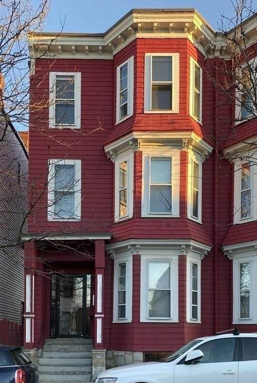 271 Lexington St - Photo 1
