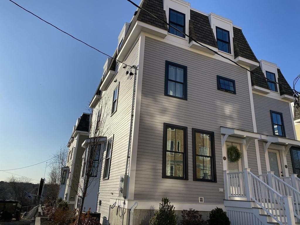62 Harvard Ave - Photo 1