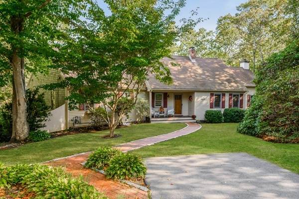332 Wheeler Rd, Barnstable, MA 02648 (MLS #72745143) :: Berkshire Hathaway HomeServices Warren Residential