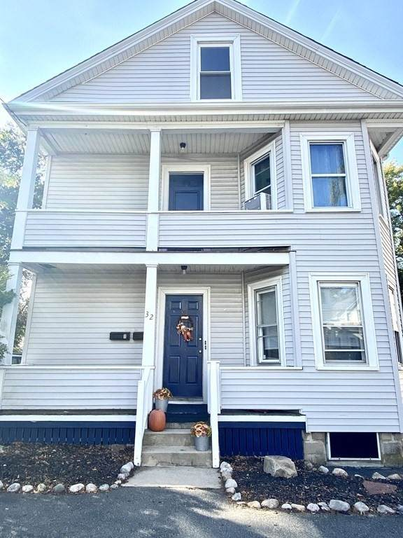 32 Oak Street, Fairhaven, MA 02719 (MLS #72745510) :: Re/Max Patriot Realty
