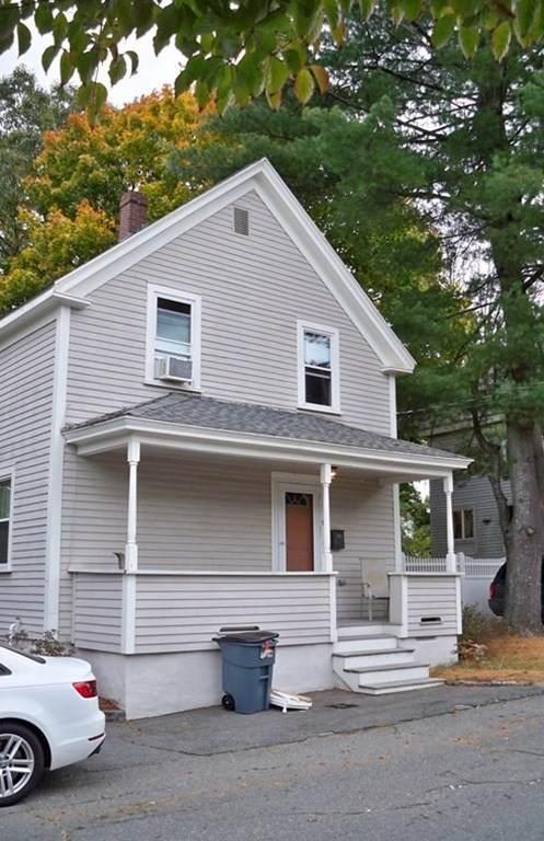 6 Coleman St, Peabody, MA 01960 (MLS #72745950) :: Cosmopolitan Real Estate Inc.