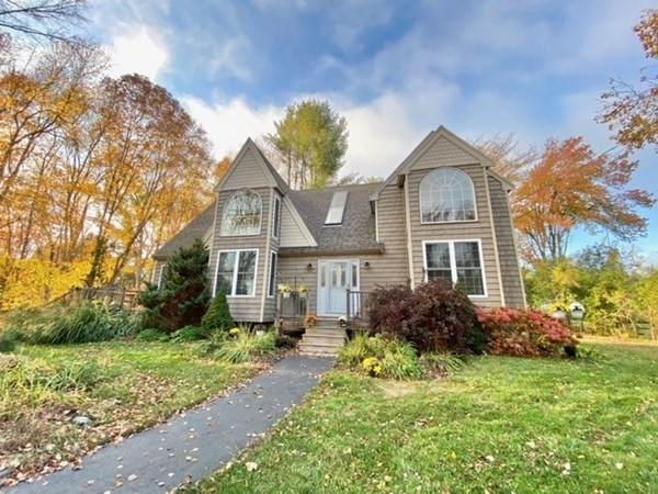 200 Center St, Groveland, MA 01834 (MLS #72747468) :: EXIT Cape Realty