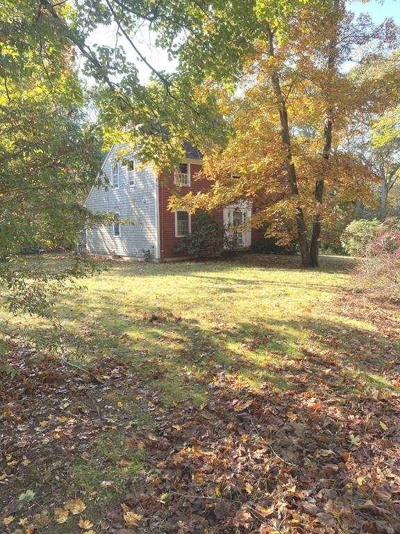 109 Scraggy Neck Rd, Bourne, MA 02532 (MLS #72748187) :: DNA Realty Group