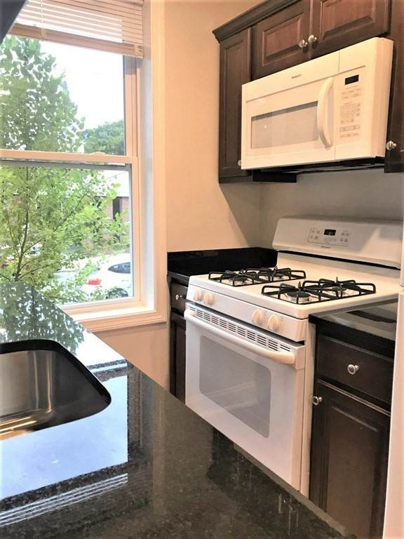 2 Webster Street #6, Malden, MA 02148 (MLS #72748390) :: Maloney Properties Real Estate Brokerage