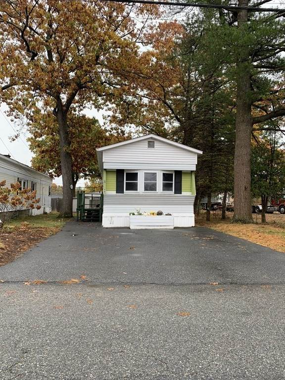 98 Leicester St, Billerica, MA 01862 (MLS #72748846) :: Re/Max Patriot Realty