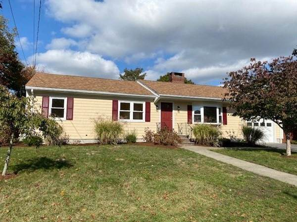 2 Hemlock St, Fairhaven, MA 02719 (MLS #72748853) :: Walker Residential Team