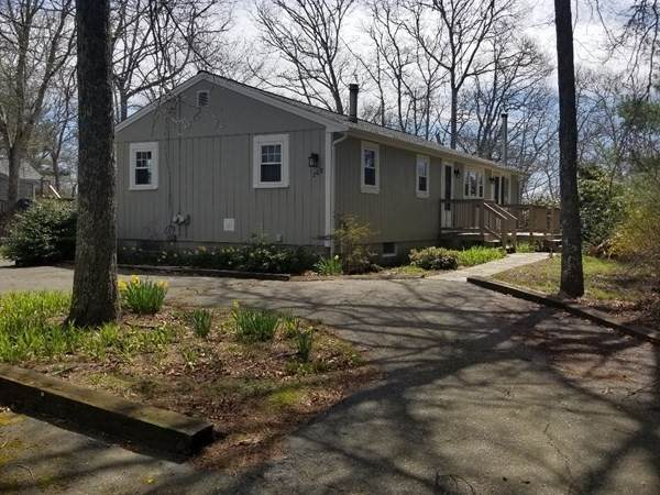 268 Pinecrest Beach Dr, Falmouth, MA 02536 (MLS #72748953) :: Welchman Real Estate Group