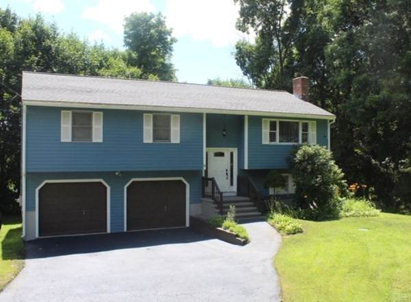 14 Lakeview Avenue, Middleton, MA 01949 (MLS #72749659) :: Exit Realty