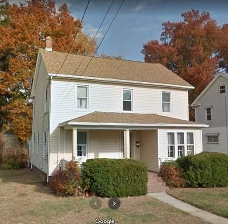 37 Elmwood Ave, Holyoke, MA 01040 (MLS #72749815) :: Maloney Properties Real Estate Brokerage