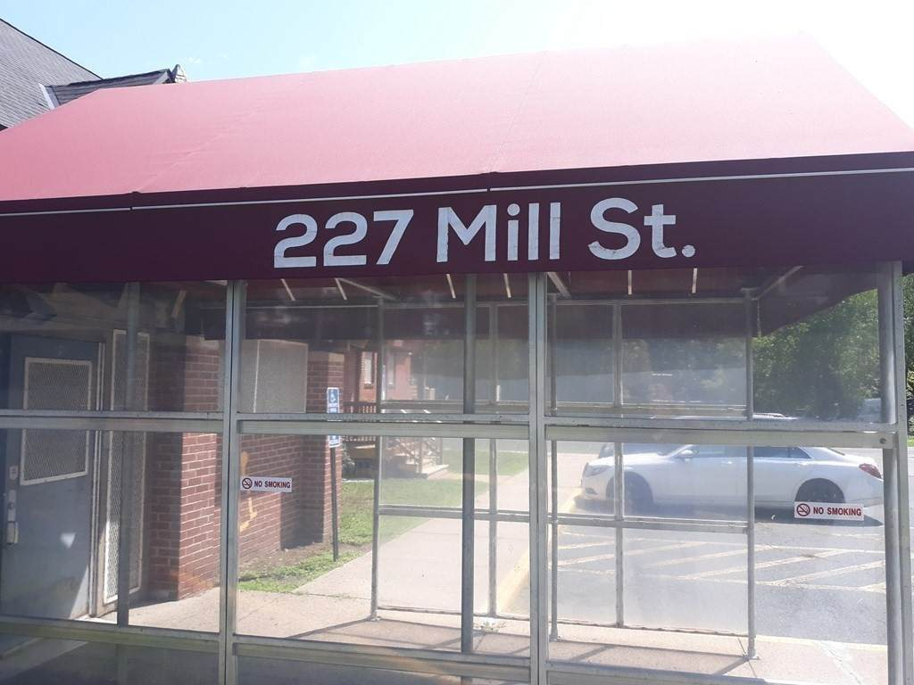227 Mill St - Photo 1