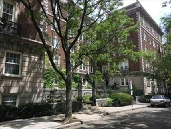 5 Arlington Street - Photo 1
