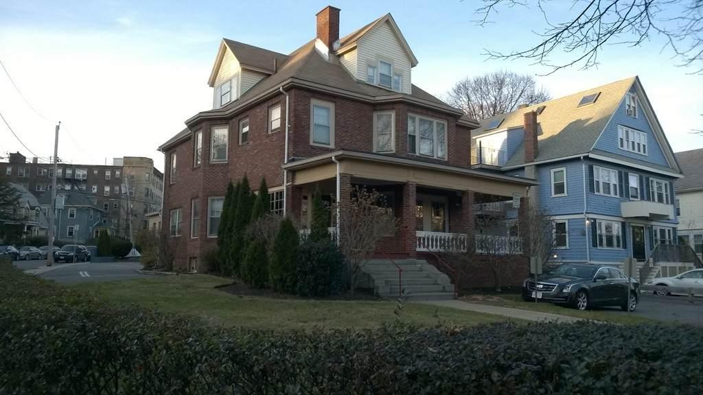 1857 Commonwealth Ave - Photo 1