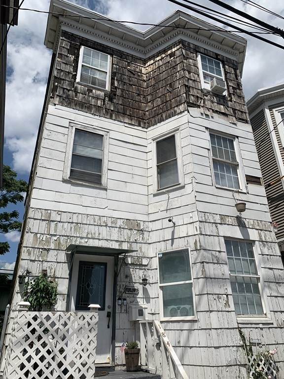 184 Chestnut St, Chelsea, MA 02150 (MLS #72758108) :: Welchman Real Estate Group