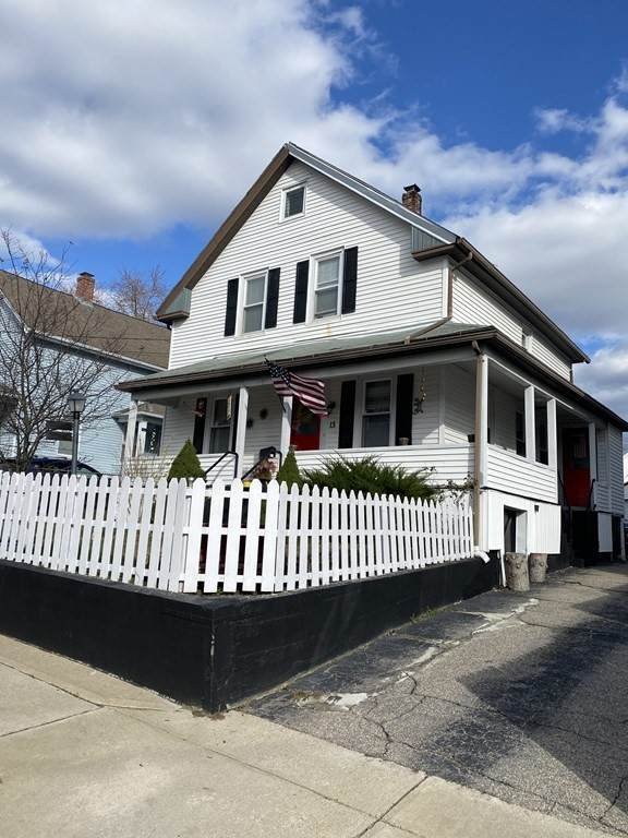13 Third, Woonsocket, RI 02895 (MLS #72758269) :: Alex Parmenidez Group
