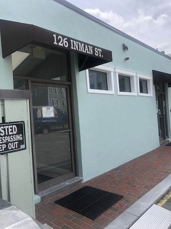 126 Inman Street - Photo 1