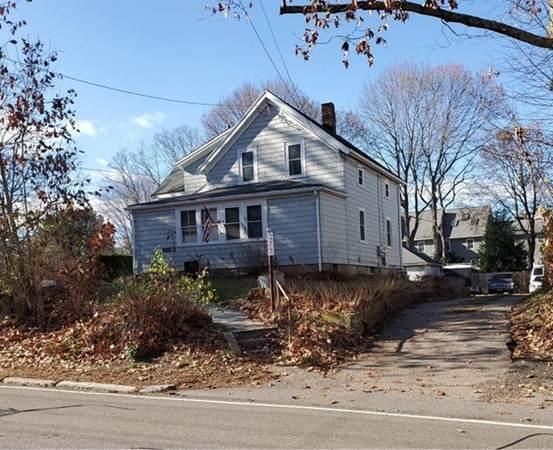 273 Washington St, Walpole, MA 02032 (MLS #72760429) :: Kinlin Grover Real Estate