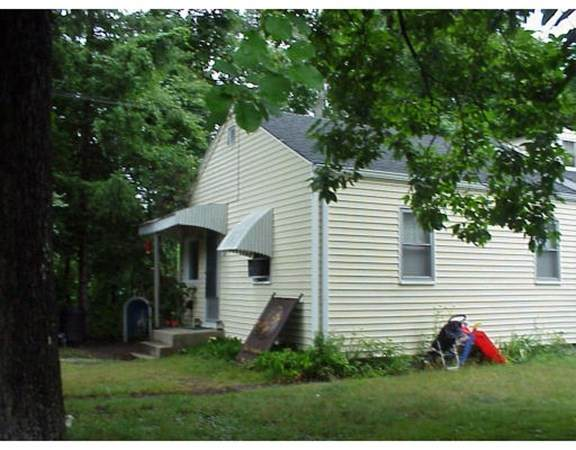 28 County Rd, Freetown, MA 02717 (MLS #72761931) :: Team Roso-RE/MAX Vantage