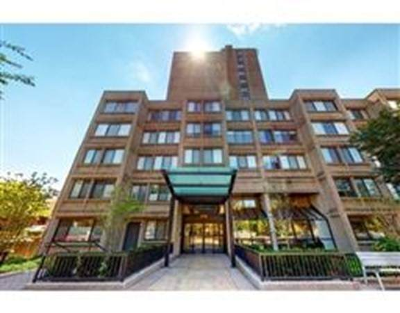 1731 Beacon St #1213, Brookline, MA 02445 (MLS #72764293) :: Anytime Realty