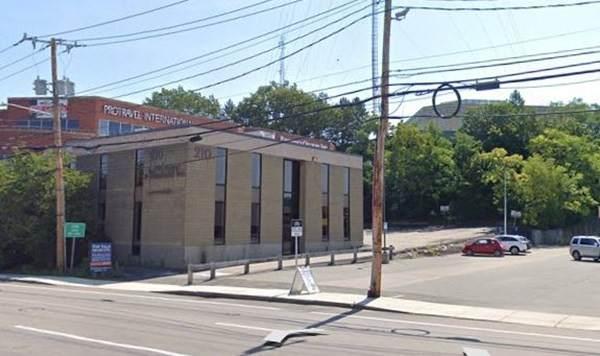 210 Highland Ave - Photo 1