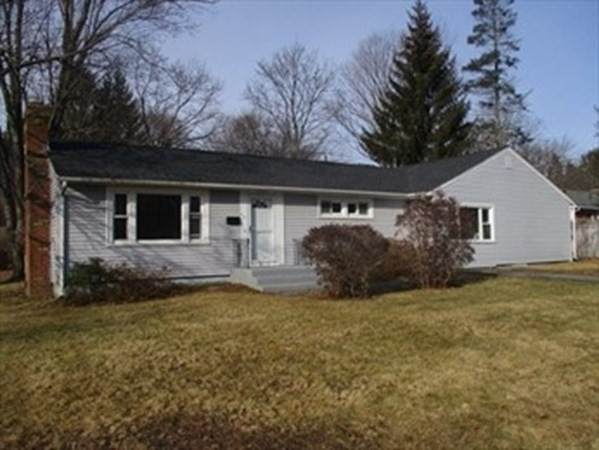 167 Sterling St, West Boylston, MA 01583 (MLS #72769535) :: The Duffy Home Selling Team