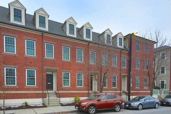59 Chelsea St #59, Boston, MA 02129 (MLS #72770024) :: DNA Realty Group