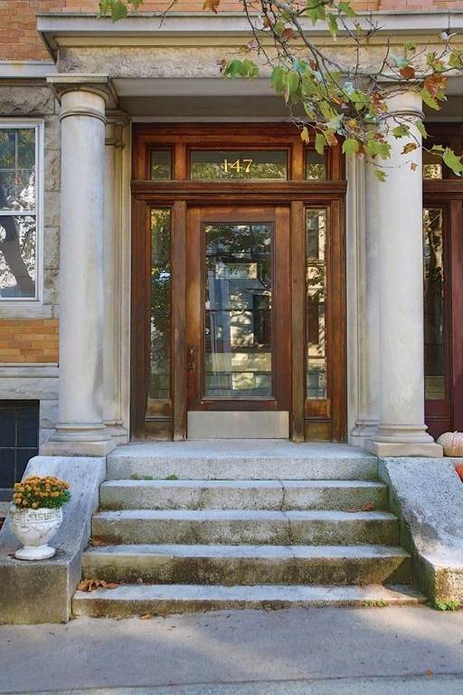 147-1 Fuller St #1, Brookline, MA 02446 (MLS #72770969) :: Cosmopolitan Real Estate Inc.