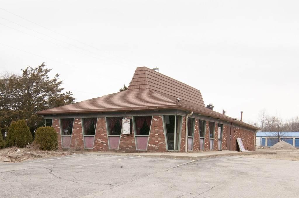1730 Diamond Hill Rd - Photo 1