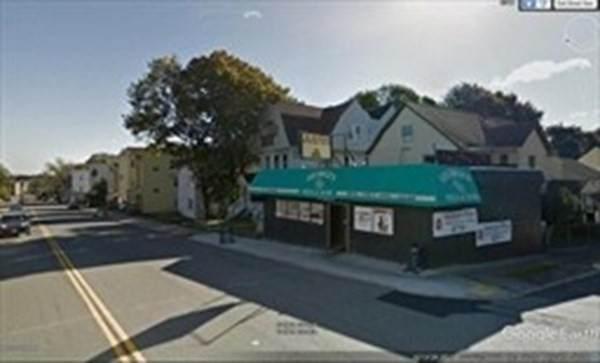 1347 Main Street - Photo 1