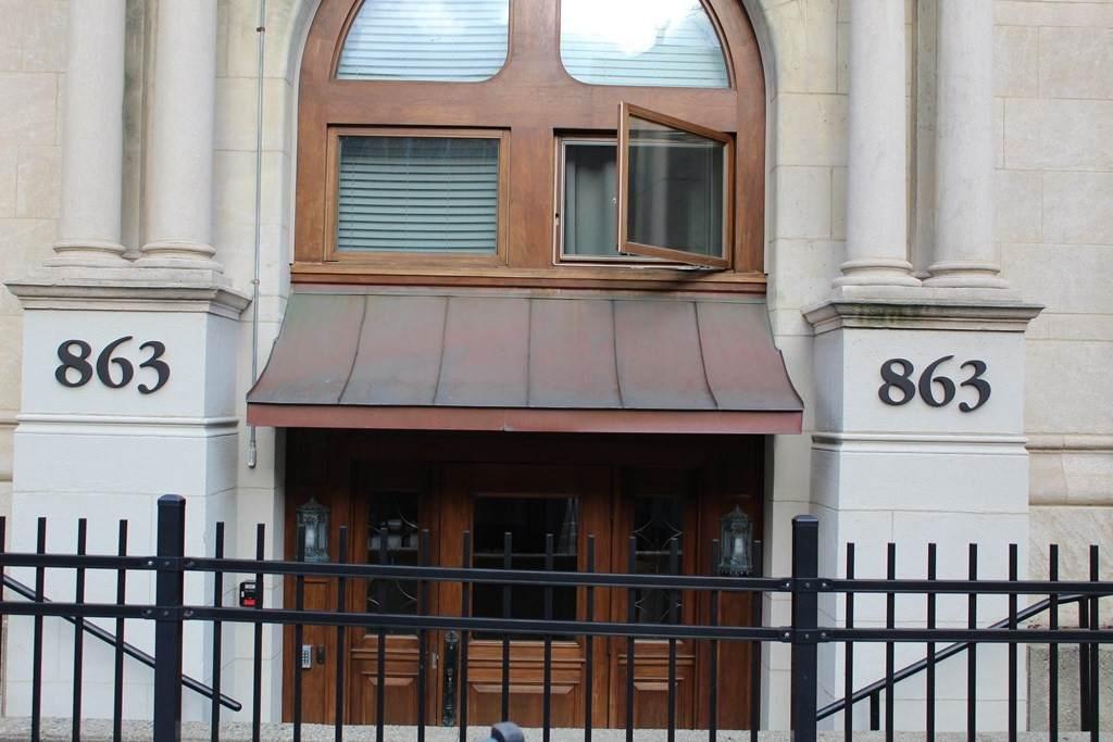 863 Massachusetts Ave. - Photo 1