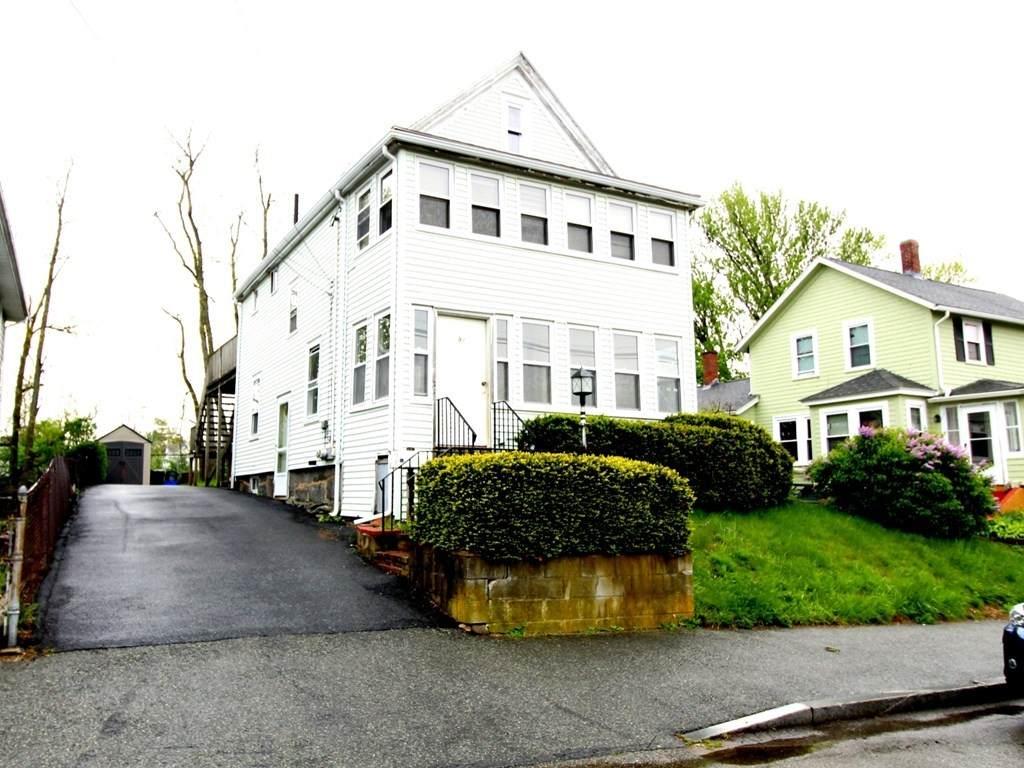 91 Hollis Ave - Photo 1