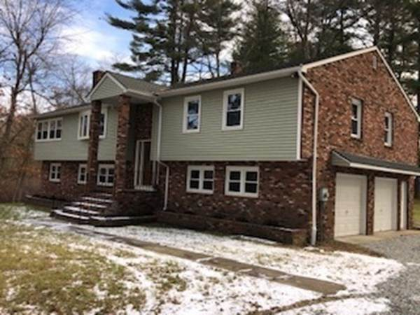 379 Porter Rd, East Longmeadow, MA 01028 (MLS #72772707) :: NRG Real Estate Services, Inc.