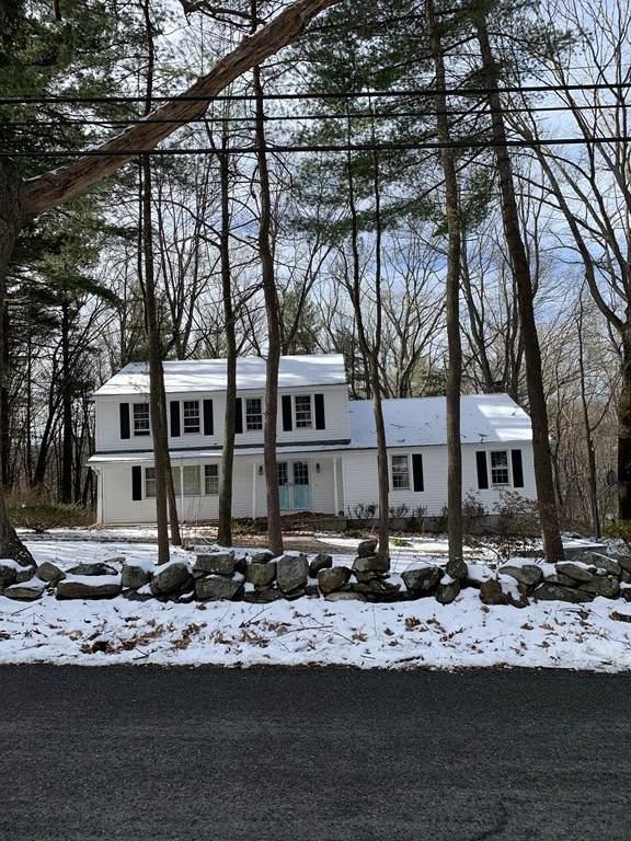 368 Walnut St, Shrewsbury, MA 01545 (MLS #72775202) :: The Duffy Home Selling Team