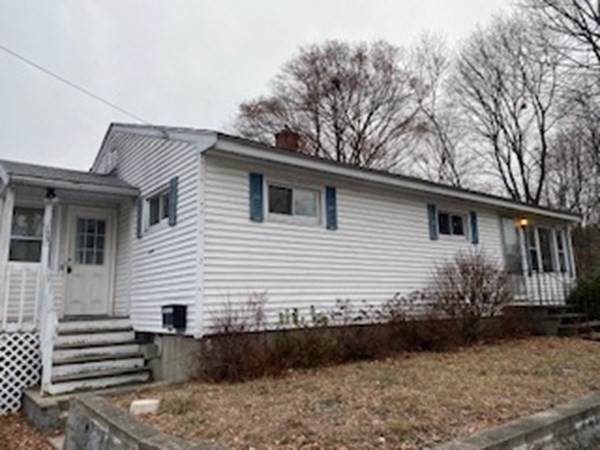 192 Dracut St, Lowell, MA 01854 (MLS #72775265) :: Parrott Realty Group