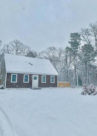 128 Plum Hollow Rd, Falmouth, MA 02536 (MLS #72775523) :: Re/Max Patriot Realty