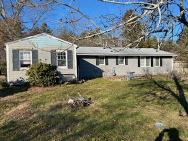 20 Acorn St, Middleboro, MA 02346 (MLS #72776677) :: Re/Max Patriot Realty