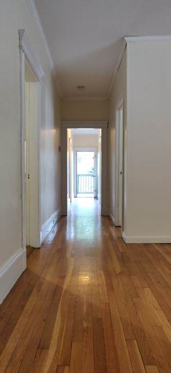1537 Beacon - Photo 1