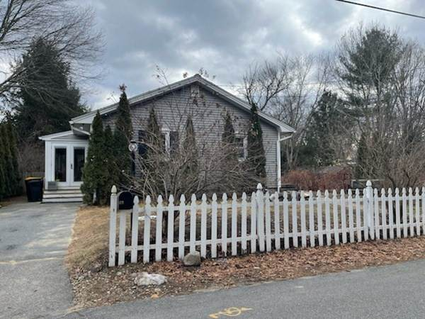 23 Beacon St, Westford, MA 01886 (MLS #72778221) :: Welchman Real Estate Group
