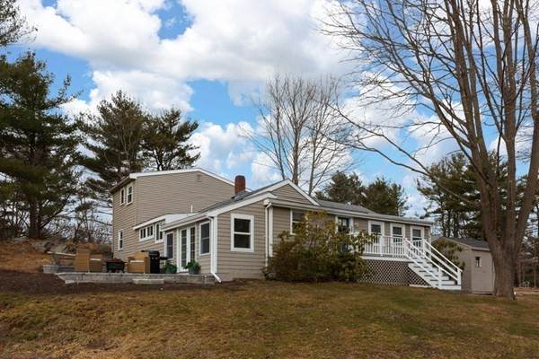 28 Forest, Manchester, MA 01944 (MLS #72778304) :: Walker Residential Team