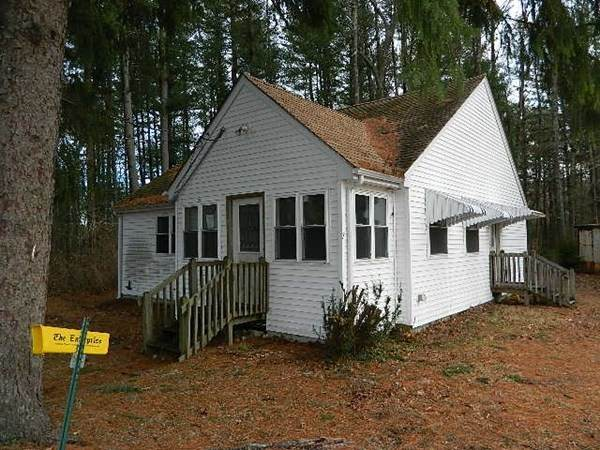 7 Shortbrook Ave, Middleboro, MA 02346 (MLS #72778624) :: Dot Collection at Access