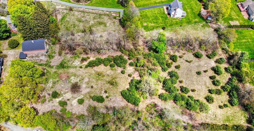 https://bt-photos.global.ssl.fastly.net/mlspin/orig_boomver_1_72778813_1.jpg